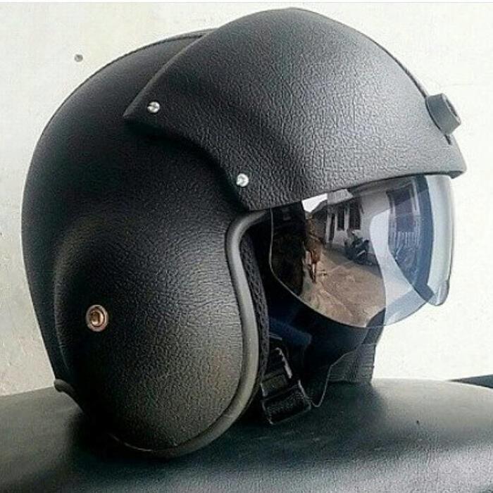 Helm Pilot Hitam Visor    helm kyt / helm bogo / helm full face /