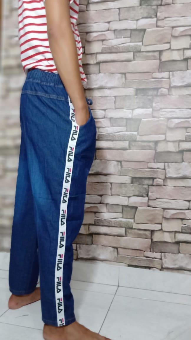 168 Collection Best ... Source · Celana Jogger Wanita / Joger jeans denim Cewek / Celana Jogger Denim URGENT CLOTHING