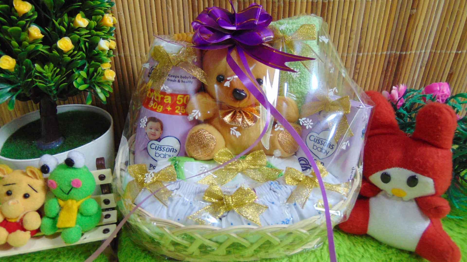 kembarshop - TERLARIS paket kado bayi baby gift – kado melahirkan-parcel kado – parsel bayi- keranjang oval super imut komplit ANEKA WARNA