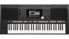 YAMAHA PORTABLE KEYBOARD PSR S770(BLACK)