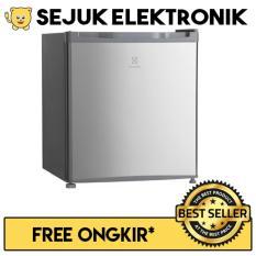 Electrolux EUM0500SB Lemari Es / Kulkas Portable 46 Liter Silver (JADETABEK ONLY)