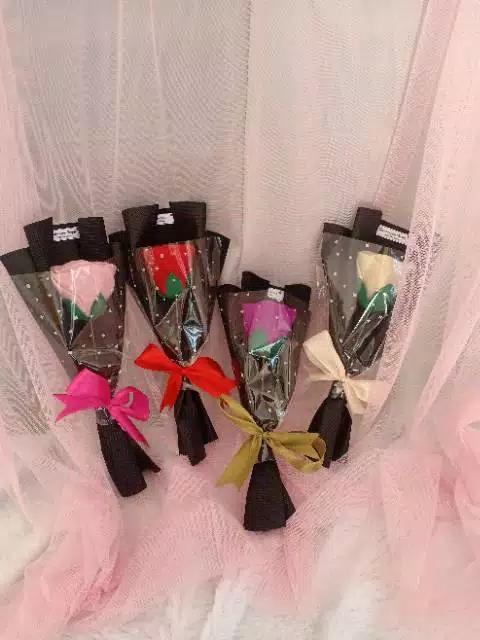 Buket Bunga Membeli Buket Bunga Harga Terbaik Di Indonesia Www Lazada Co Id