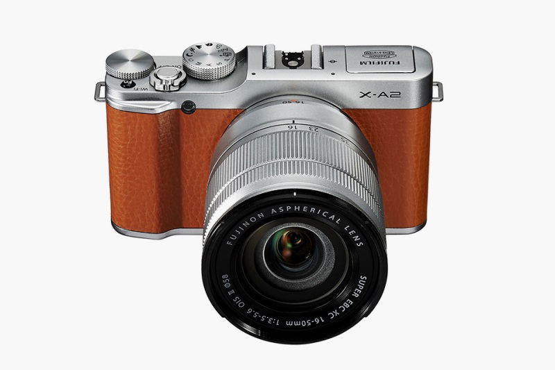 Fujifilm X-A2 Kit XC16-50mm - Coklat + Free Memory 16GB