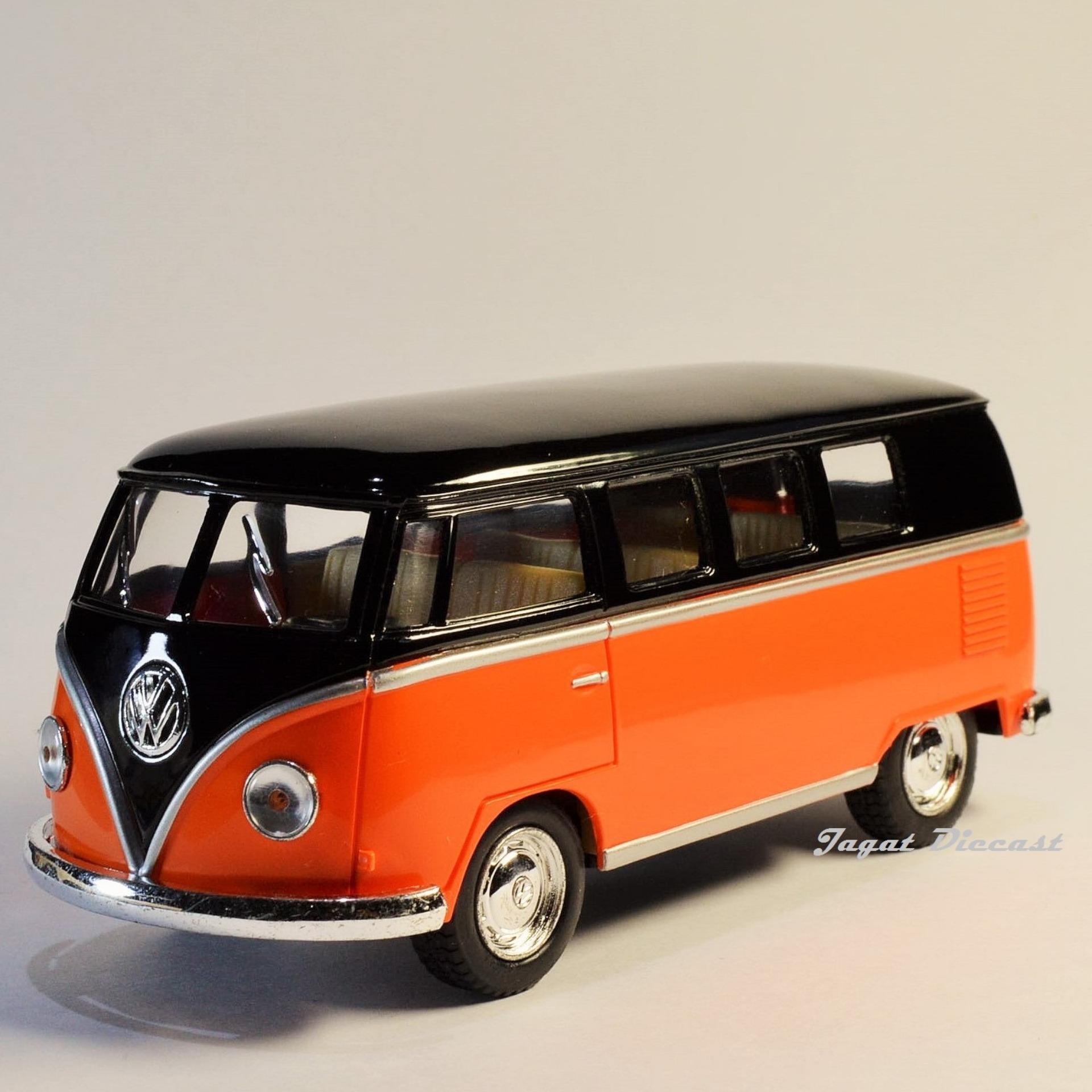 ... Kinsmart 1962 Volkswagen Classical Bus (Black Top) ...