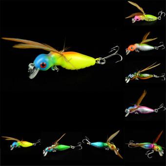 Putaran umpan pancing 3D mata dengan sayap Bass 1 buah 4 5 cm .