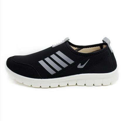 Beijing tua olahraga model flat shoes murah setiap hari perempuan sepatu sepatu yang kuat (Model