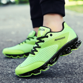 Beli Bernapas peninggi pria sepatu lari sepatu sneaker (S7720R hijau) Terpercaya