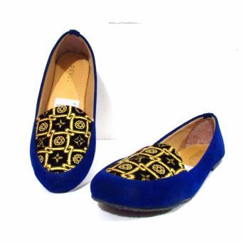 Binev Sepatu Slip On Wanita Develop 11 - BLUE .