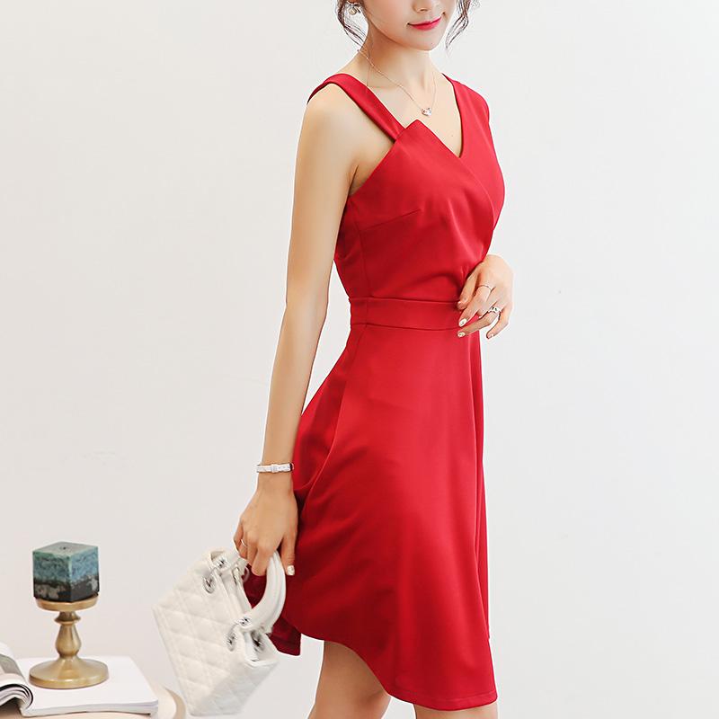 Caidaifei Korea Fashion Style Slim ukuran besar tanpa lengan rok bottoming liar (Anggur merah)