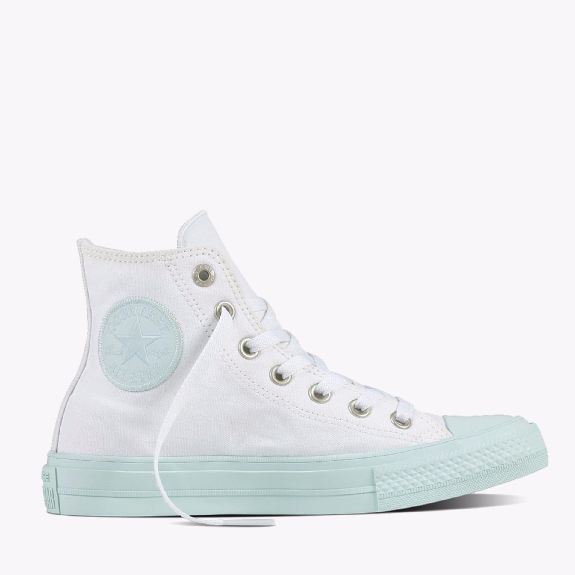Converse Chuck Taylor All Star II Hi Women s Sneaker Shoes - Putih . 0a0e82e28a
