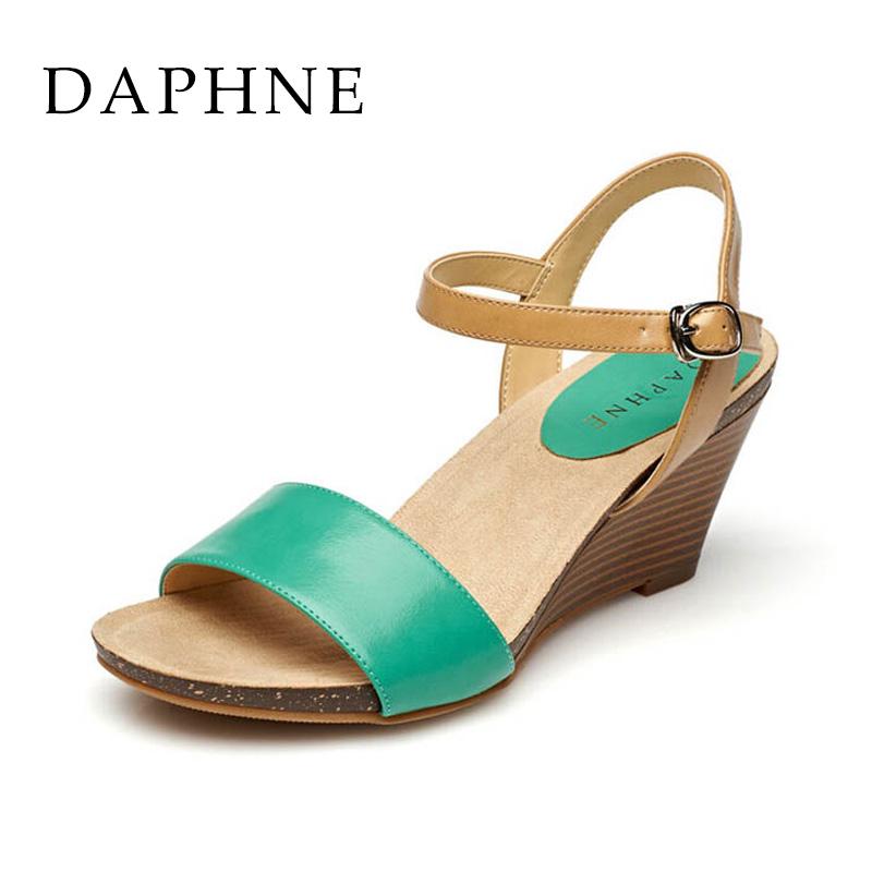 Daphne musim semi dan musim panas kata tinggi gesper sandal sepatu wanita (Hijau 128)