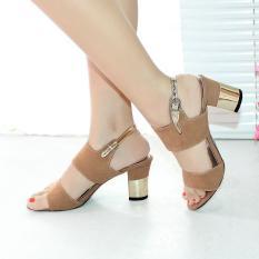 Ellen Taslim High Heels Mano