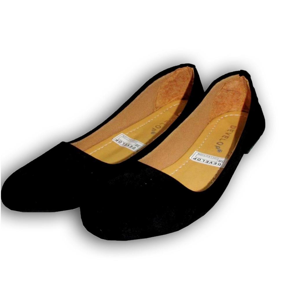 Flat Shoes Develop 21- Sepatu Balet - Hitam .