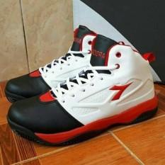 For men Sepatu BASKET DIADORA