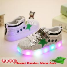 Freeshop Fashion Kids Unisex Star Glitter Pattern LED Sneakers Light Up Flashing Shoes - Green (Free Pouch Monster)
