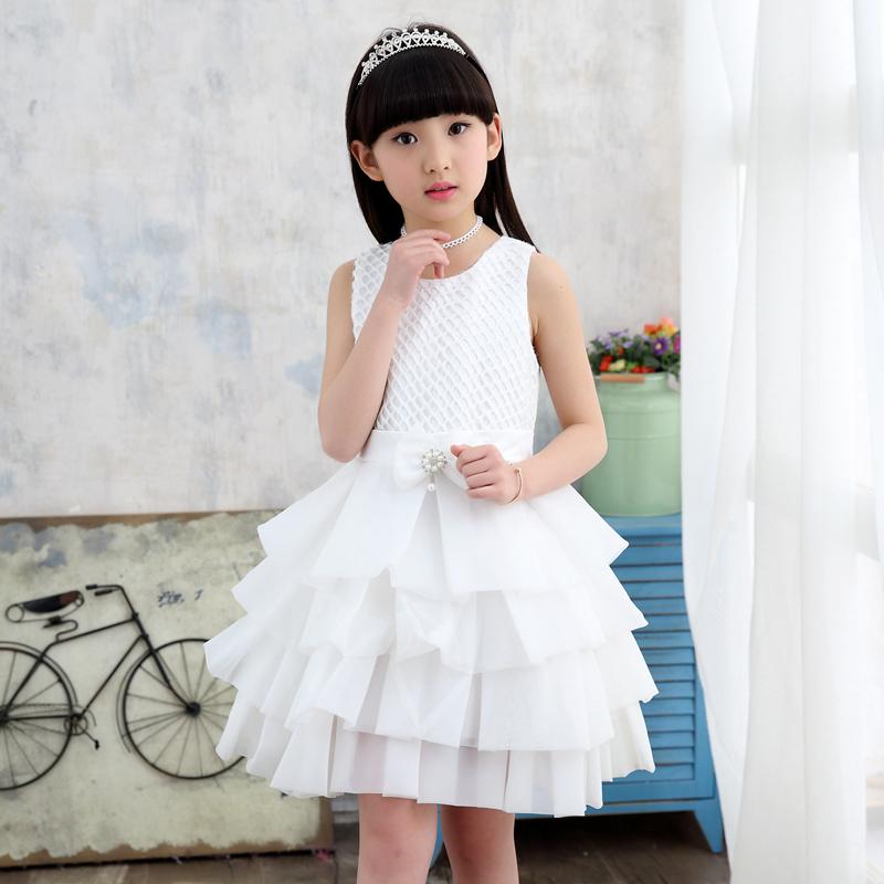 Versi Korea baru musim semi dan musim panas rok (Putih). Source · Gadis