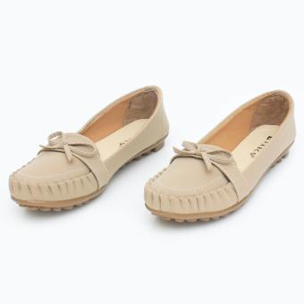 Harga Vasco Sepatu Flat Shoes Loafers BY01 - Cream