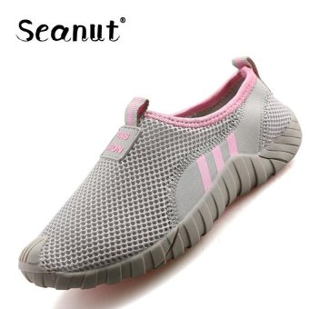 Harga Seanut Fashion Mesh Shoes Fashion Lady Loafers Mesh Breathable Shoes Slip On Flat Shoes (Grey/Pink) - intl