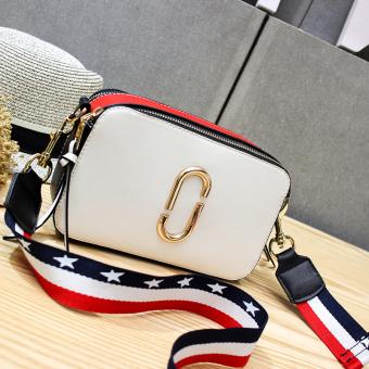 BELI SEKARANG Kecil persegi lebar tali bahu tas tas wanita selempang tas kecil Hitam distribusi 2
