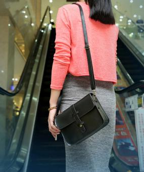 ... Leegoal PU Fashion Wanita Tas Messenger Kulit Tas Bahu Tas Selempang (Hitam) - 4 ...