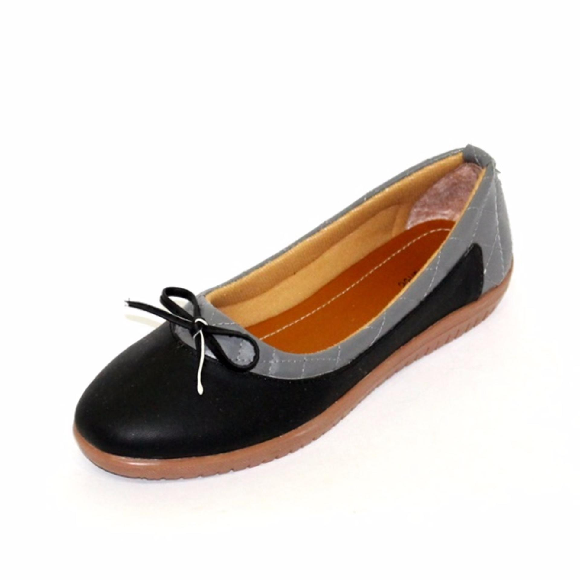 Marlee Slip On Shoes Wanita BLD 01 Hitam .