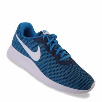Gambar Nike Tanjun SE Sepatu Pria Biru