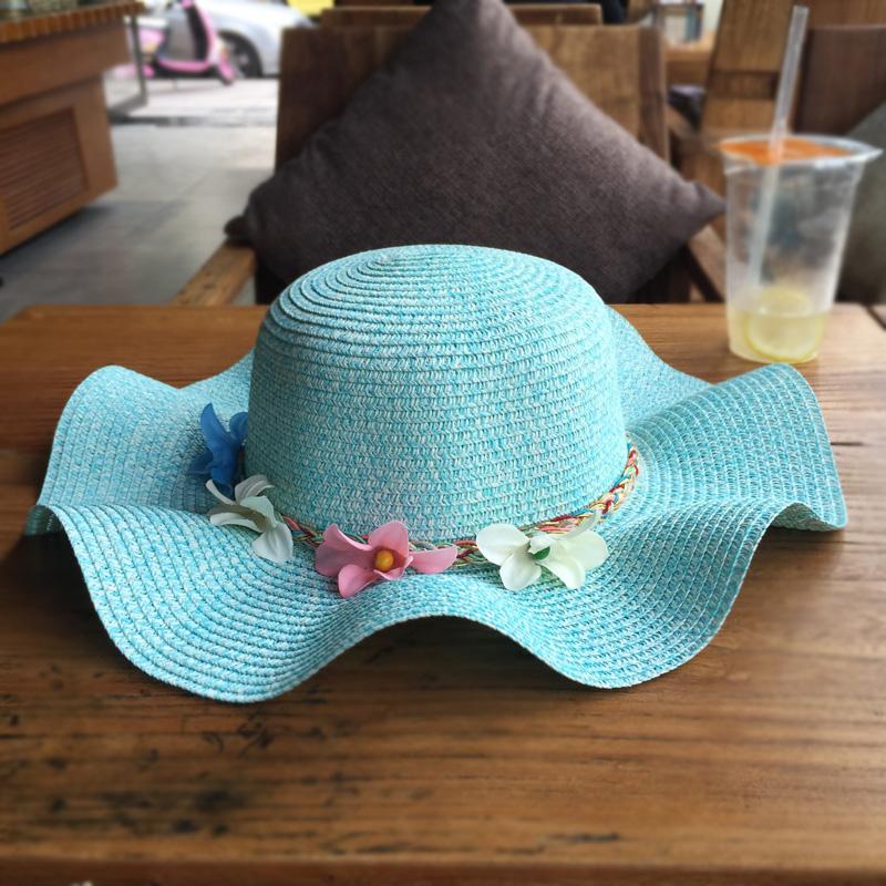Pantai matahari perlindungan tepi gelombang bunga jerami topi musim panas matahari topi (Langit biru)