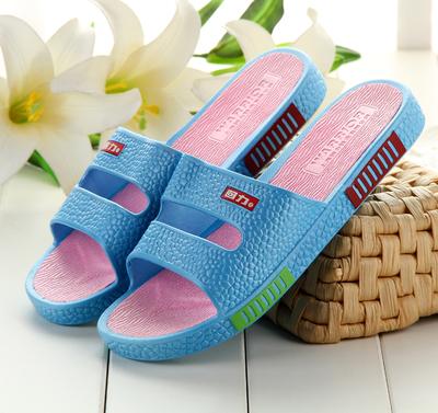 Plastik dalam ruangan laki-laki kebocoran air mandi pijat sandal dan sandal  sandal kamar mandi fd6336a5af