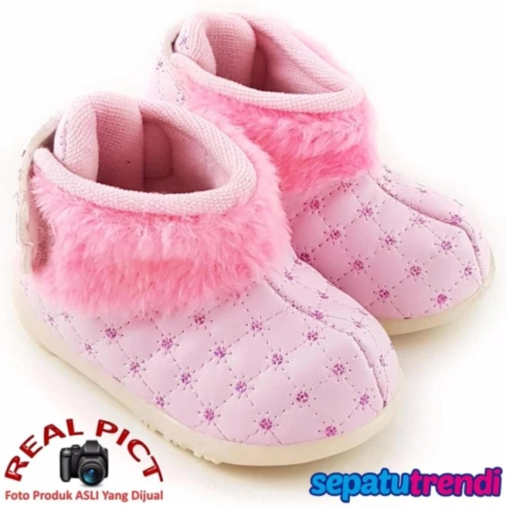 ... Sepatu Boot Variasi Bulu pink ...