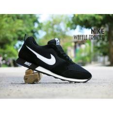 Sepatu Sport Waffle Trainer / hitam putih / olahraga joging cowok