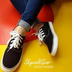 Skywalkgear Fun Women Sepatu Sneakers Wanita - B729 Black