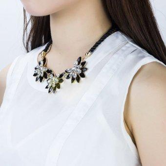Gracefulvara Fashion Women Crystal Flower Necklace Choker Bib Statement Chunky Collar Chain Gift .