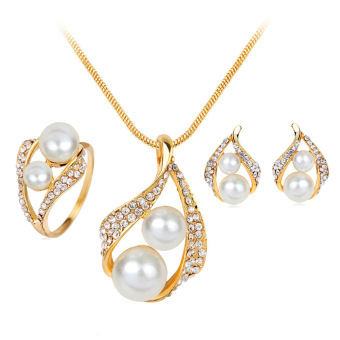 Harga Hequ Explosion Models Pearl Jewelry Necklace Three-piece Suit with Fine Jewelry Cheap Jewelry Set White - intl