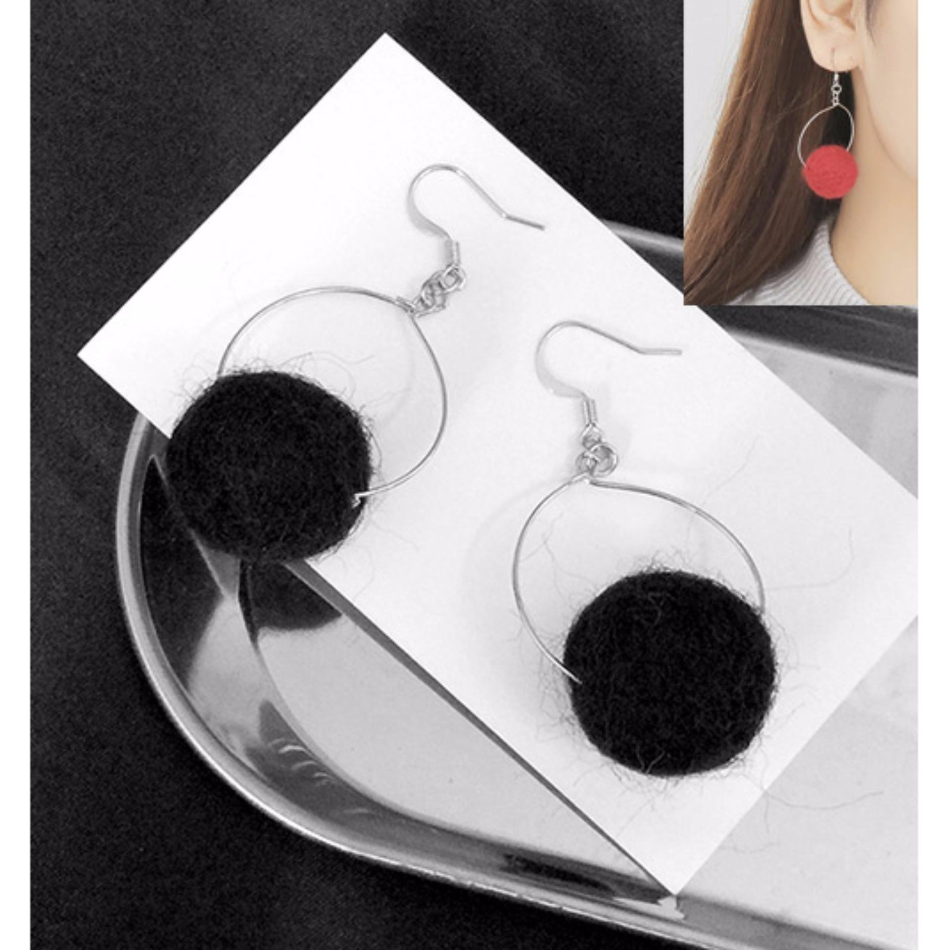 ... LRC Anting Elegant Black Fuzzy Ball Pendant Decorated Pure Color Pom Earrings ...