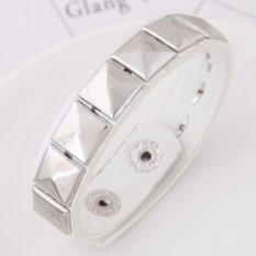 LRC Gelang Tangan Retro Squre Rivet Shape Decorated Pure Color Bracelet