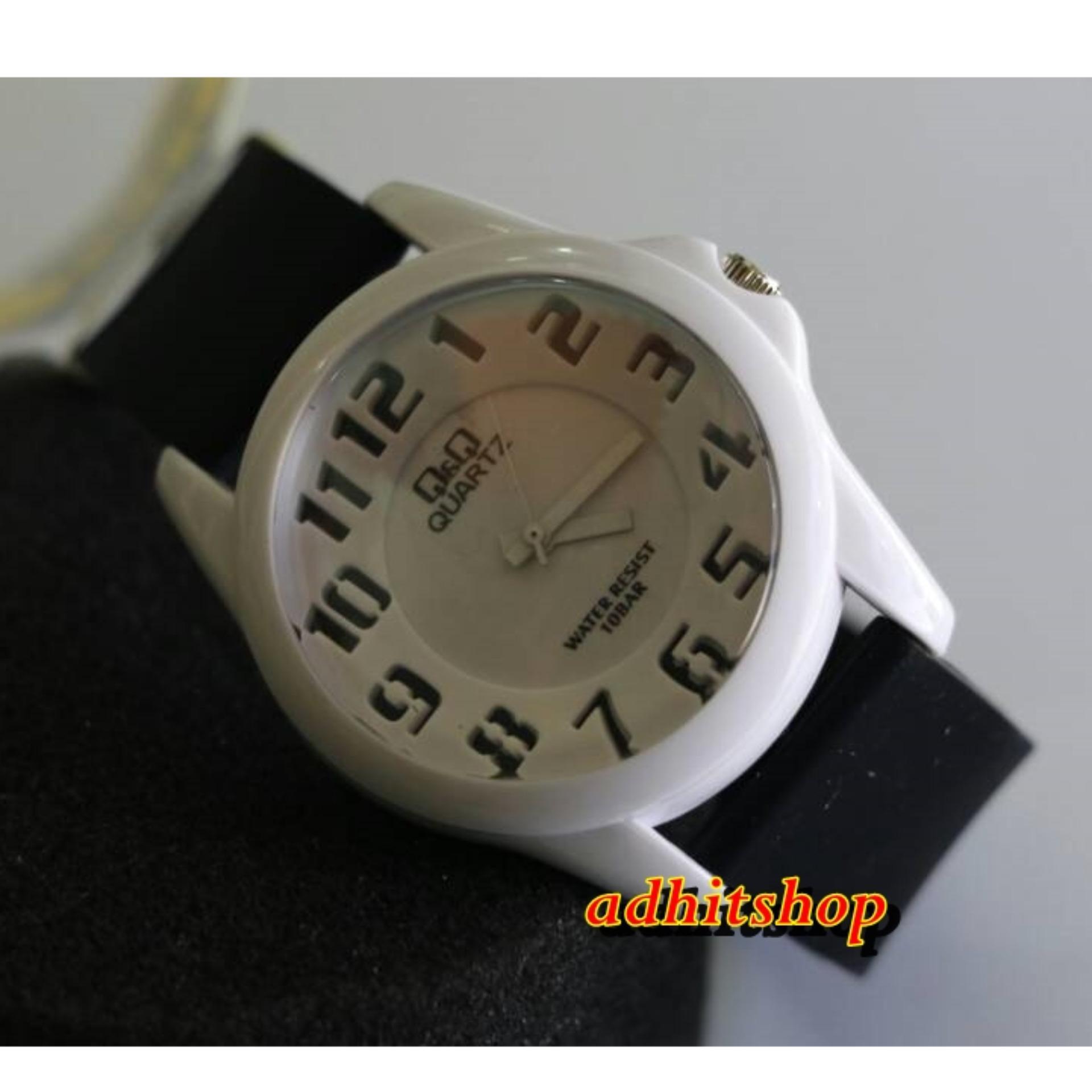 Q&Q Watch - QQ018 - Jam Tangan Sport Wanita - Rubber Strap - Black White .