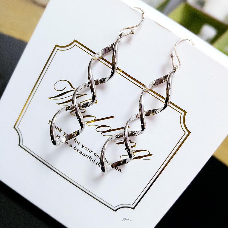 S925 Jepang dan Korea Selatan style spiral arus utama anting-anting jamur putih kail
