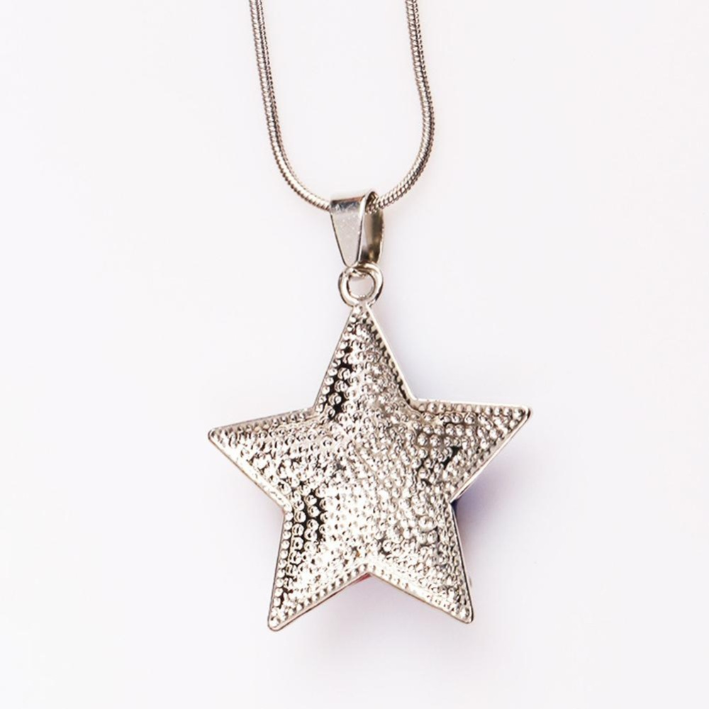 sg reebonz mode necklace pendant pad bgcolor shape fff white gold star design jewellery diamond singapore customised
