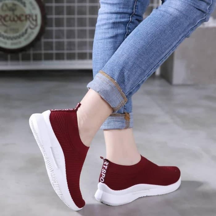 Cara Memilih Sepatu Yang Menarik Untuk Wanita